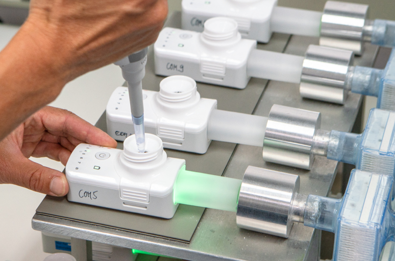 The FOX® device is a small, handheld, breath-activated, battery-powered inhalation system that delivers nebulised liquid drugs with high performance using a vibrating mesh technology.